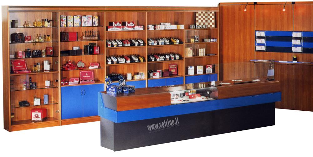 Arredo allestimenti tabaccheria articoli da regallo for Arredamenti per bar tabacchi